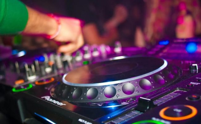 Best DJ Apps for Android and iOS